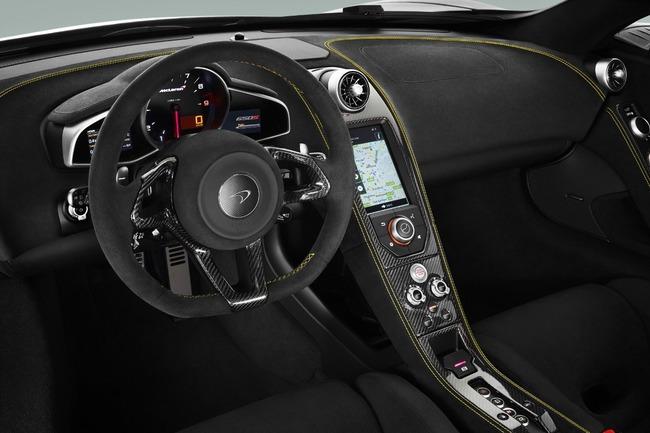 McLaren 650S 2014 interior 01