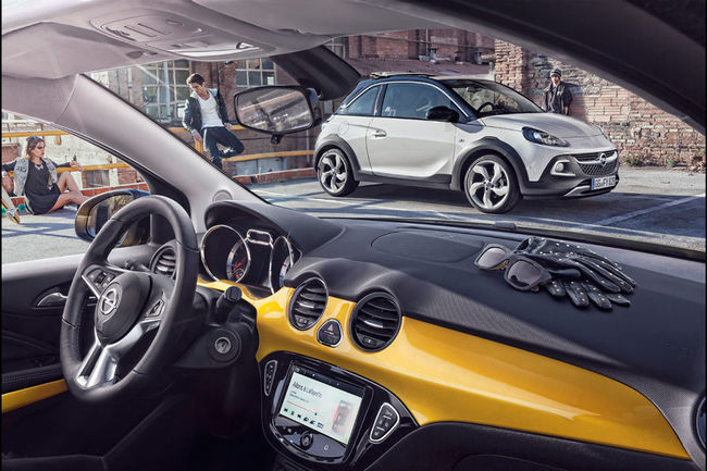 Opel Adam Rocks 2014 interior 01