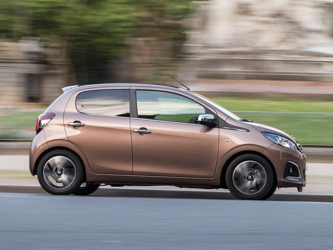Peugeot 108 2014 21