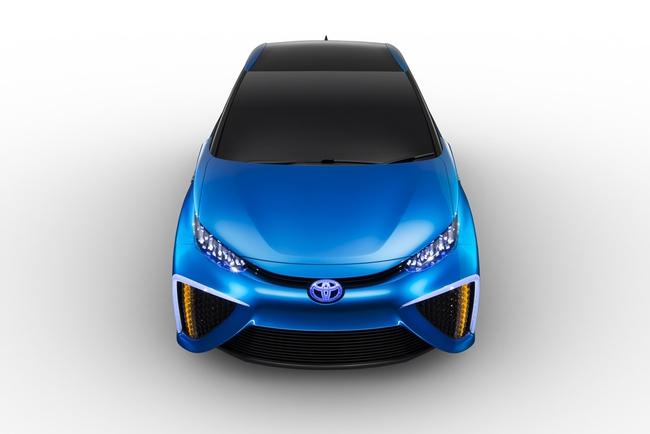 Toyota FCV Concept 2013 08