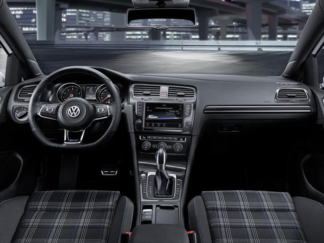 Volkswagen Golf GTE 5 puertas 2014 interior