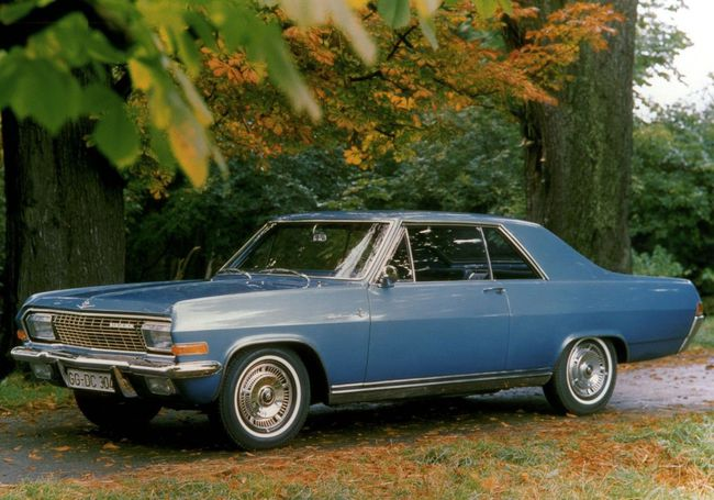 1965-Opel-Diplomat-Coupe