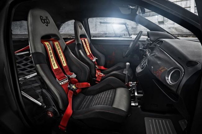Abarth 695 Biposto 2014 interior 02