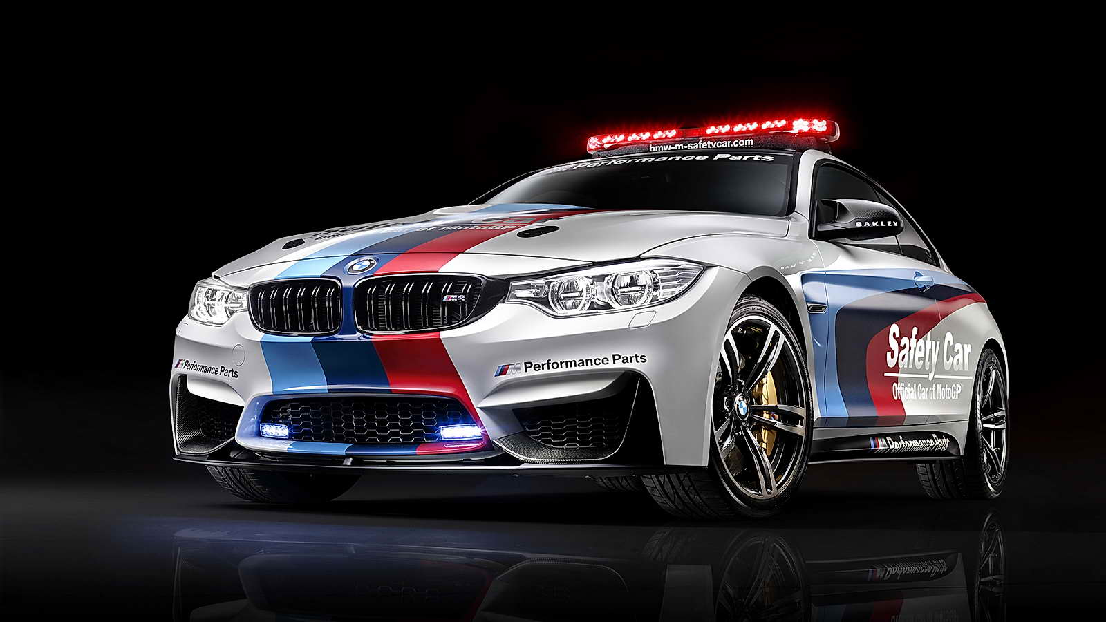 BMW_M4_Coupé_Safety_Car_MotoGP_01
