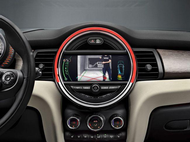 MINI Cooper S F56 2014 02