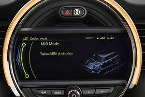 MINI Cooper S F56 2014 36