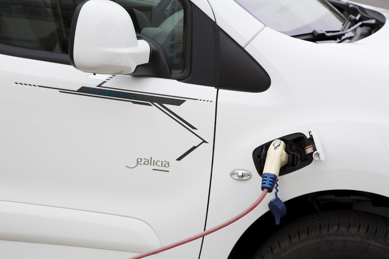Peugeot Partner Electrica 2014 00