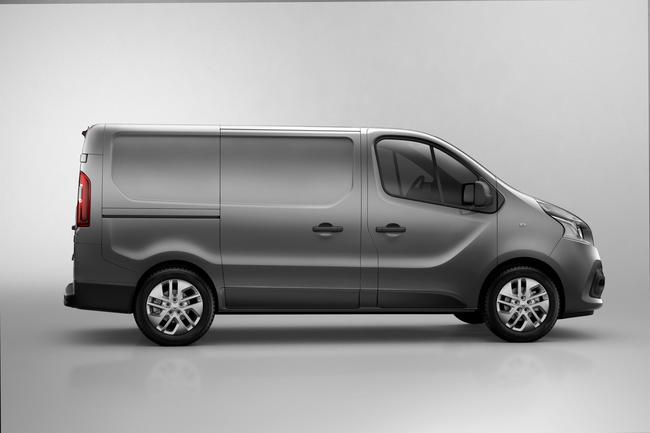 Renault Traffic 2014 02