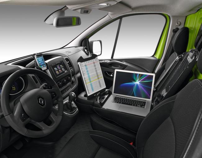 Renault Trafic 2014 08