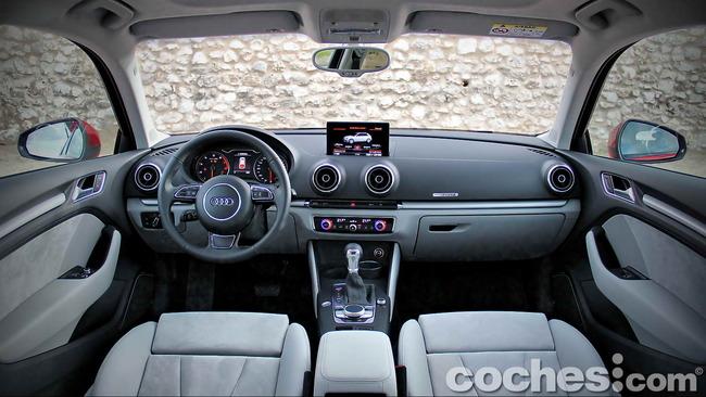 Audi_A3_1.8_TFSI_quattro_Stronic_08