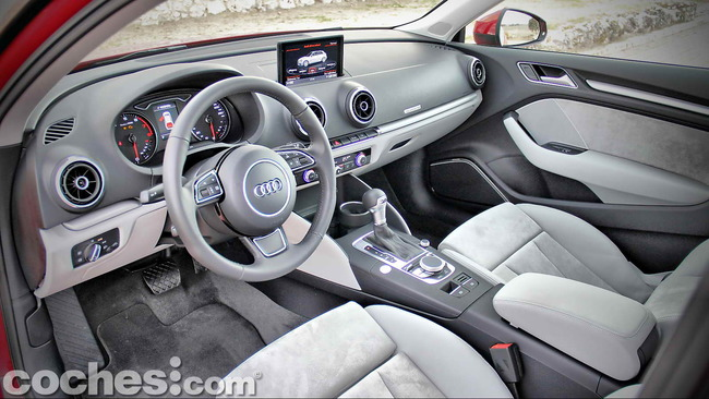 Audi_A3_1.8_TFSI_quattro_Stronic_12