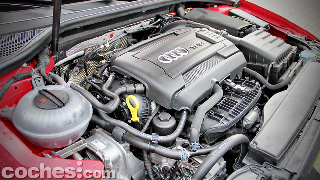Audi_A3_1.8_TFSI_quattro_Stronic_25