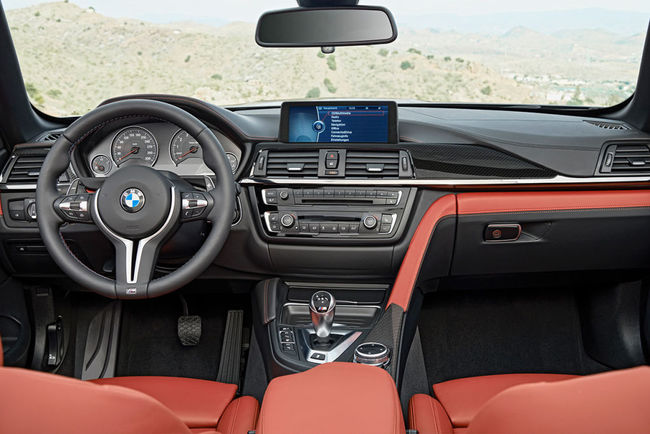 Bmw M4 Cabrio 2014 interior 01