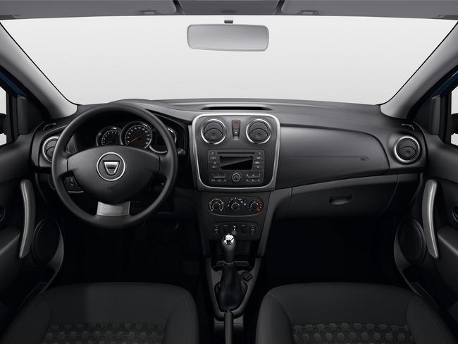 Dacia Logan MCV 2014 interior 02