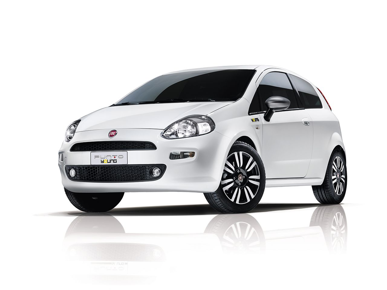 Fiat Punto Young 2014 01