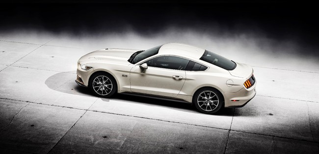 Ford Mustang 50th Edition 2014 02