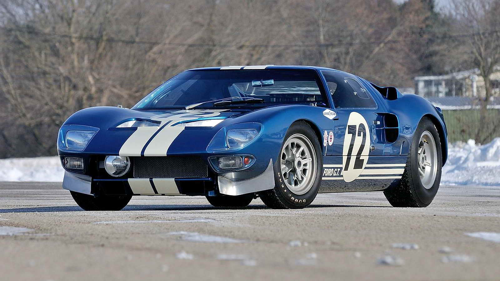 un prototipo de ford gt40 se subasta por 7 millones de d lares. Black Bedroom Furniture Sets. Home Design Ideas