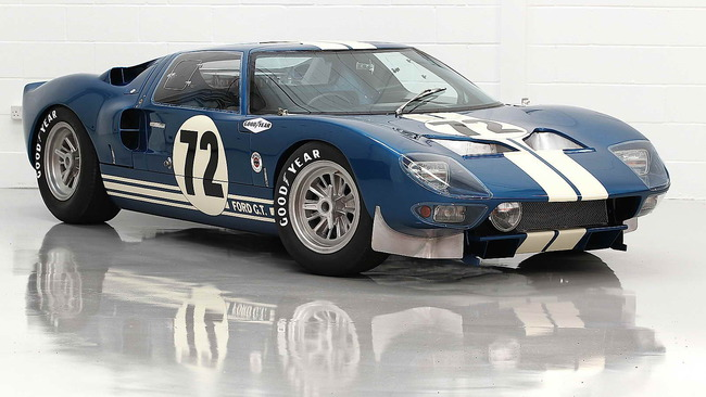 Ford_GT40_Prototype_GT_104_1964_12