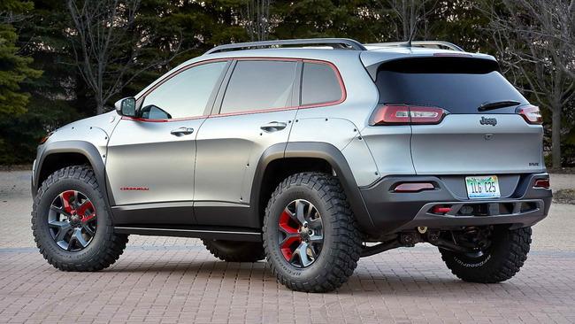 Jeep_Cherokee_Dakar_02