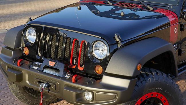 Jeep_Wrangler_Level_Red_03