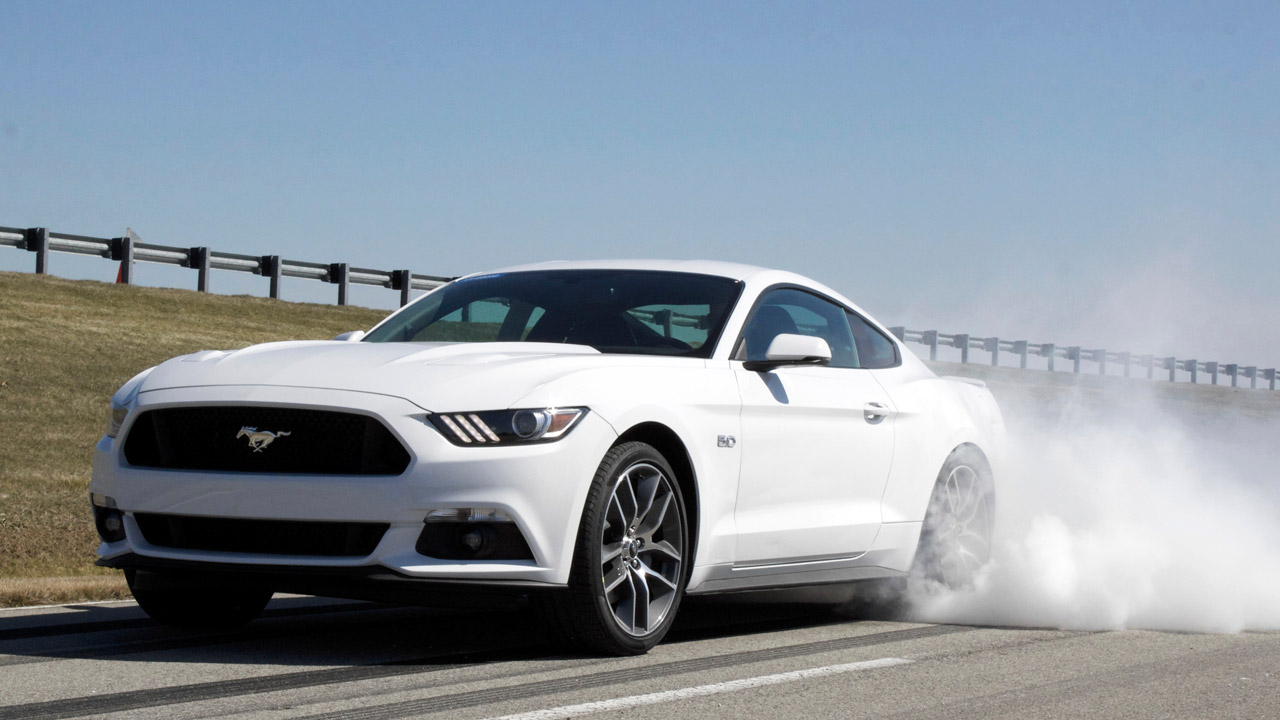 as quema rueda el nuevo ford mustang l solo - Ford Mustang Gt 2015 White