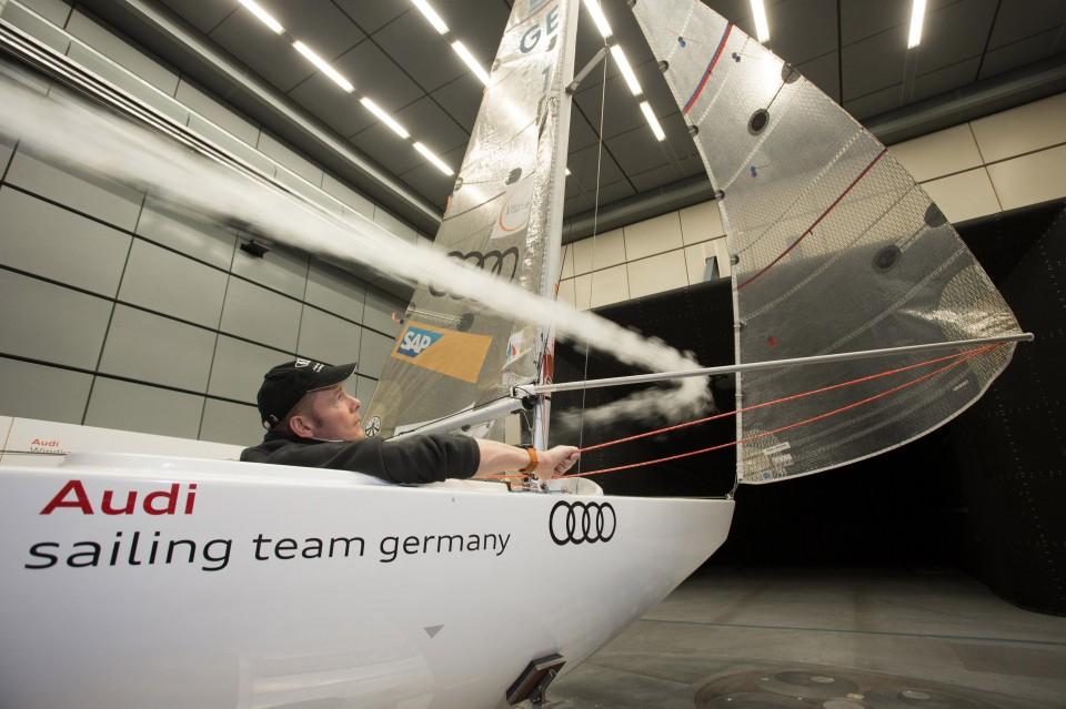 equipo vela tunel de viento Audi