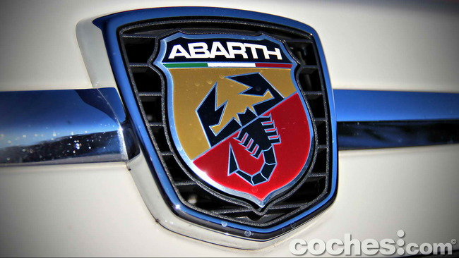 Abarth_595C_Turismo_08