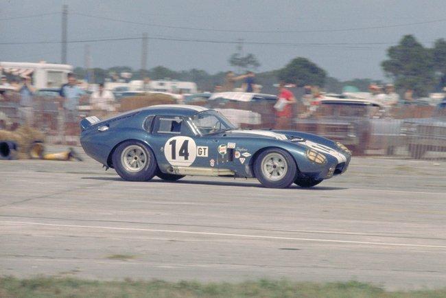 Cobra-Daytona-2