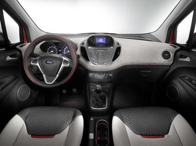 Ford Tourneo Courier 2014 interior