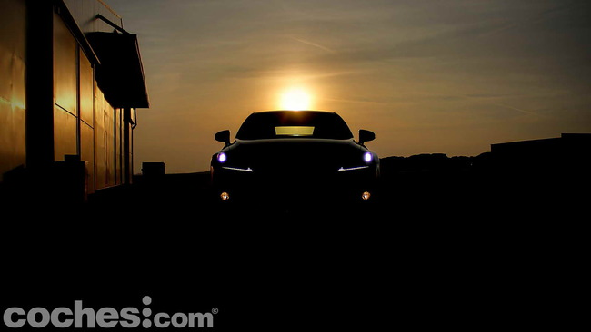 Lexus_IS_300h_11