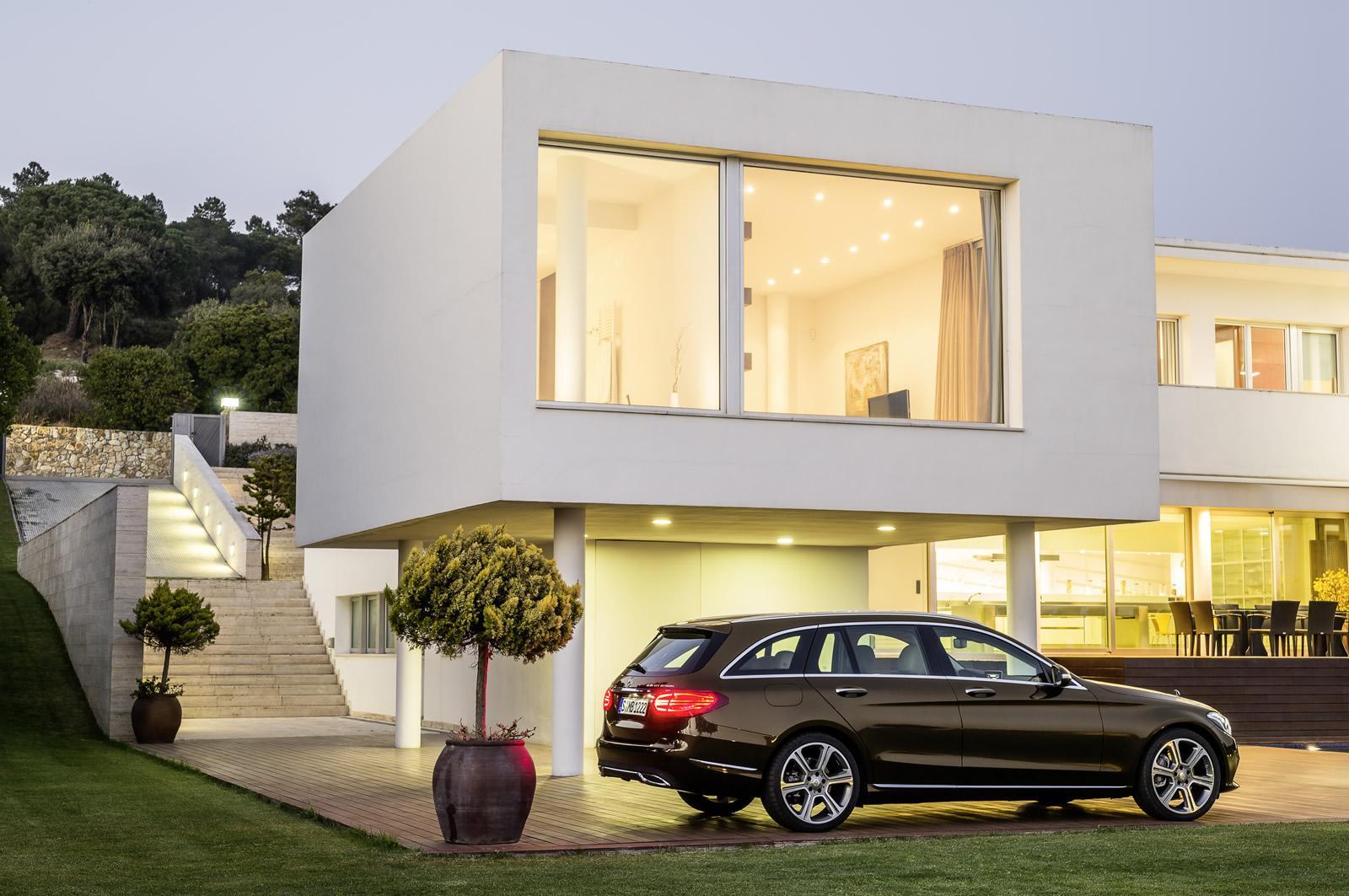 garage shelves design ideas - Nuevo Mercedes Clase C Estate el familiar que llegará en