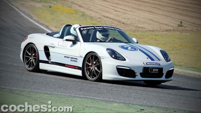 Michelin_Pilot_Sport_Experiences_05