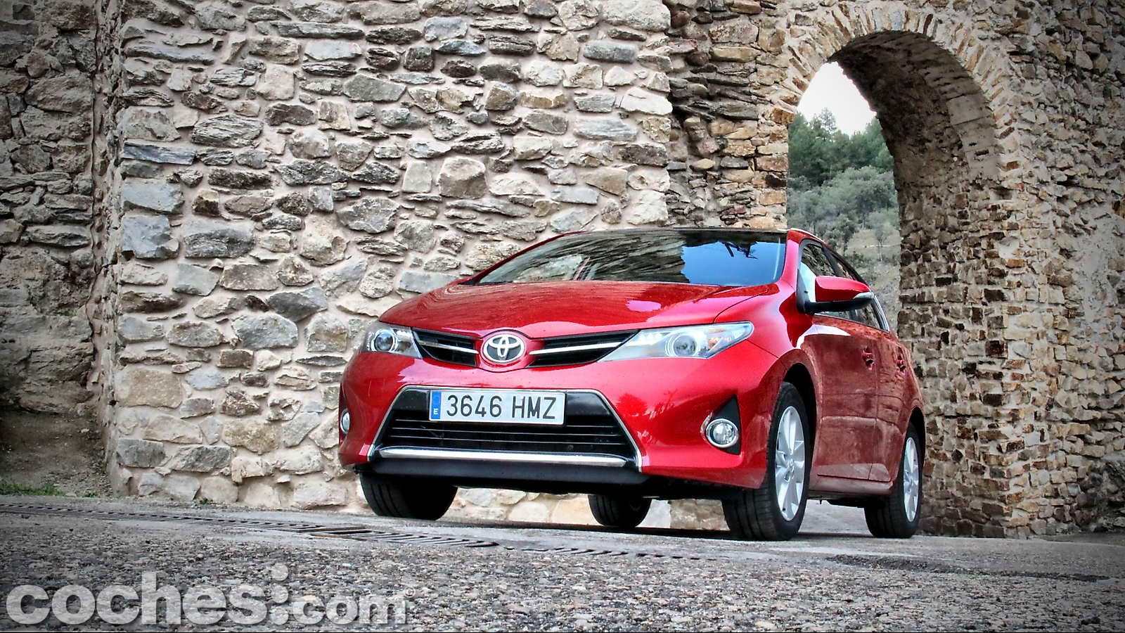 Toyota_Auris_130_Active_01