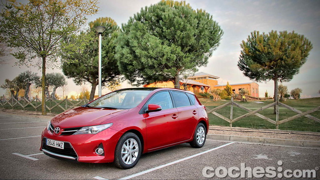 Toyota_Auris_130_Active_02