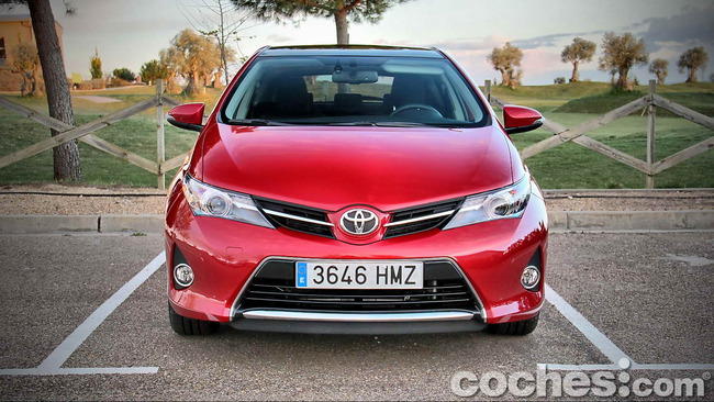Toyota_Auris_130_Active_05