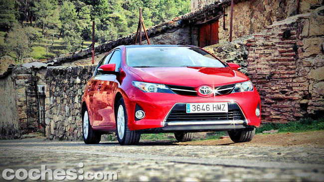 Toyota_Auris_130_Active_53