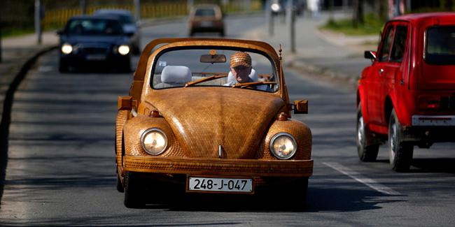 Volkswagen Beetle madera 01