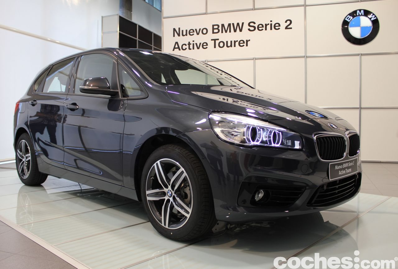conocemos al bmw serie 2 active tourer en persona. Black Bedroom Furniture Sets. Home Design Ideas