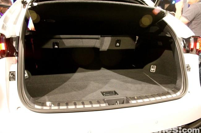 Lexus NX 300h 2014 presentación 25