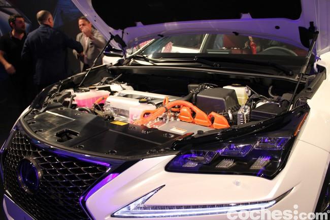 Lexus NX 300h 2014 presentación 33