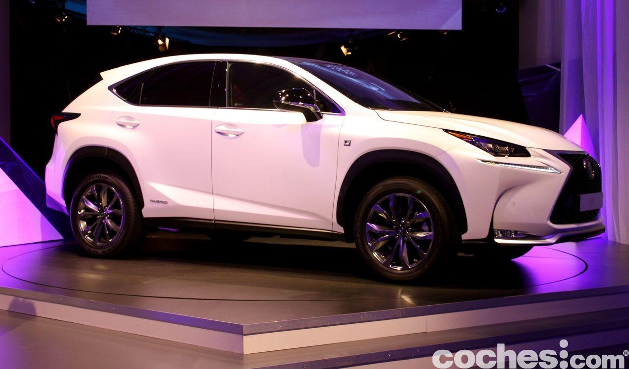 Lexus NX 300h 2014 presentación 4