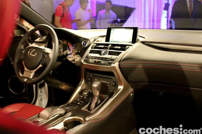 Lexus NX 300h 2014 presentación 48