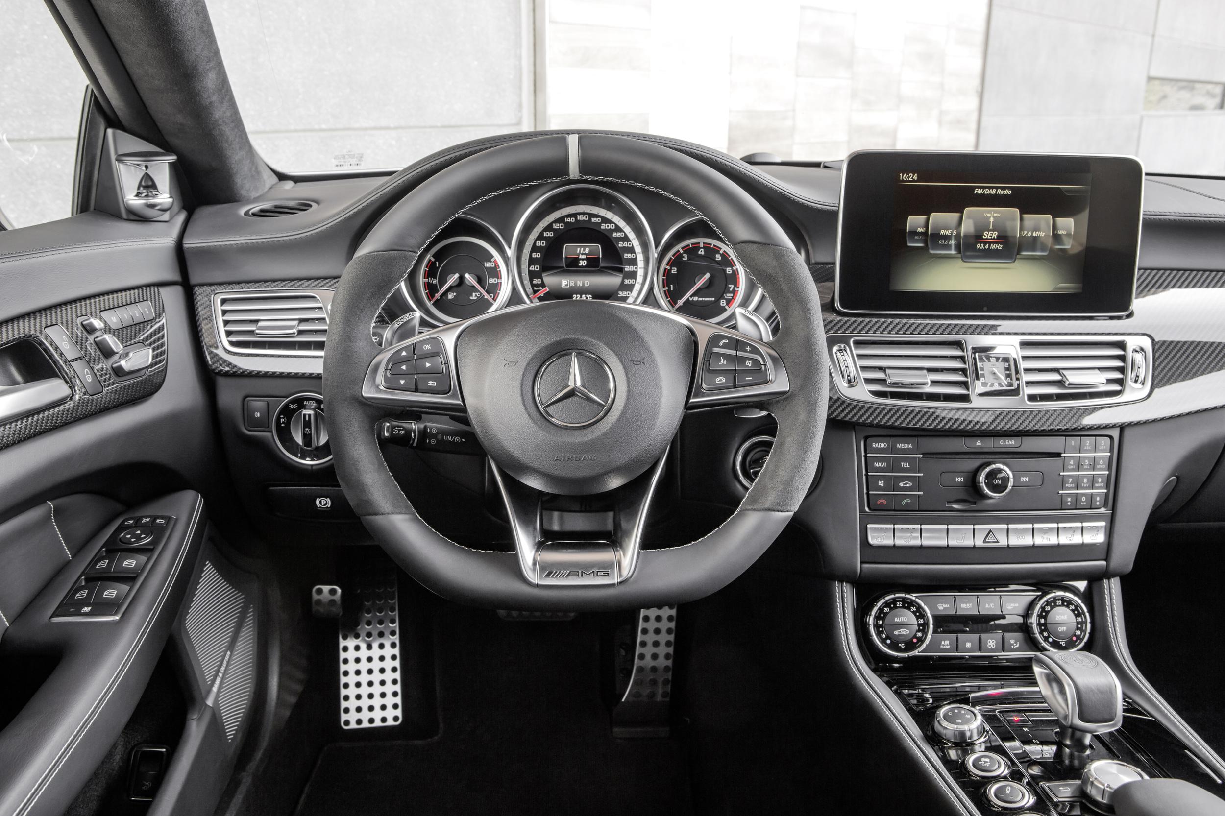 El Mercedes Clase Cls Se Renueva Por Dentro Y Por Fuera