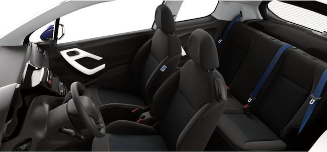 Peugeot 208 Like 2014 interior 02
