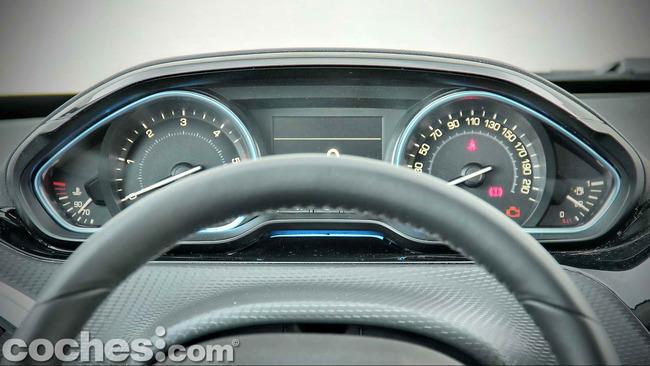 Peugeot_2008_15