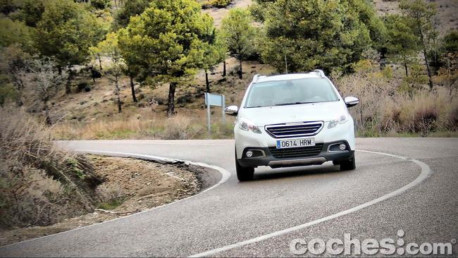 Peugeot_2008_60