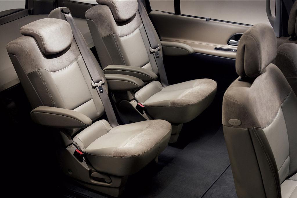 Historia del renault espace 30 a os transportando familias for Renault espace 4 interieur