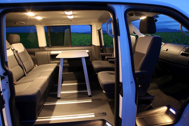 Volkswagen Multivan Outdoor Edition 2014 interior 03
