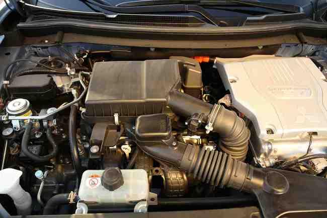 mecanica Mitsubishi Outlander PHEV 2014