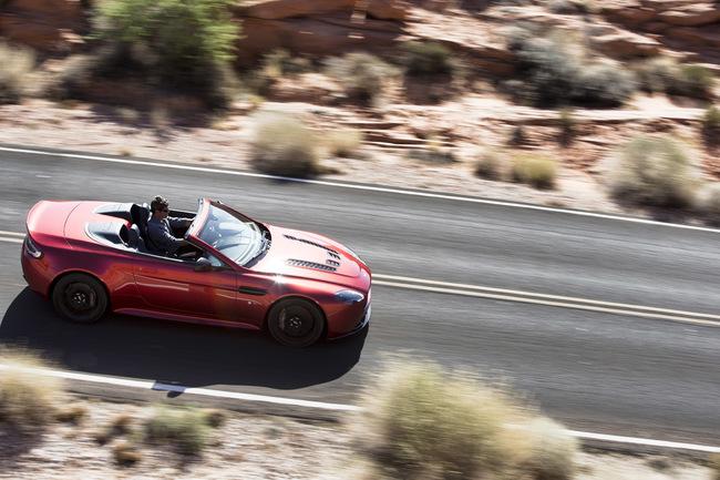 Aston Martin V12 Vantage S Roadster 2014 02